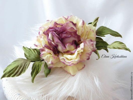 """Броши ручной работы. Ярмарка Мастеров - ручная работа. Купить Брошь роза из шелка """" Любимая!"""". Украшение. Цветы из шелка.. Handmade."""