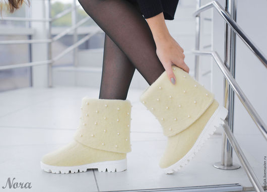 Обувь ручной работы. Ярмарка Мастеров - ручная работа. Купить Валяные полусапожки Зима. Handmade. Белый, полусапожки