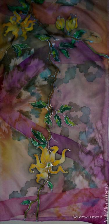 Шелковый шарф `Иланг-иланг` из коллекции `Ароматы любви` 30\180 см, 100% шелк, холодный батик.