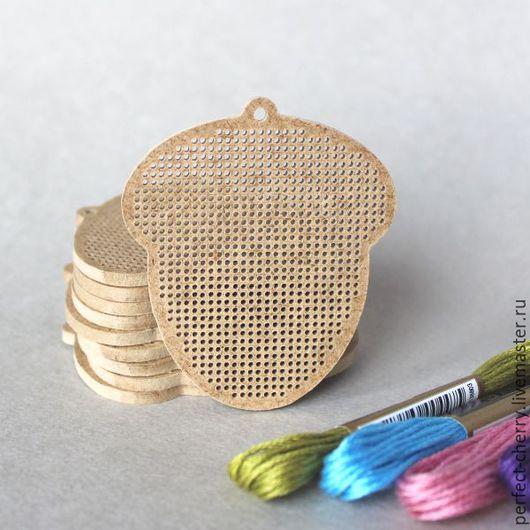 """Вышивка ручной работы. Ярмарка Мастеров - ручная работа. Купить Основа для вышивания """"Желудь"""". Handmade. Бежевый, вышивка, основа для вышивки"""