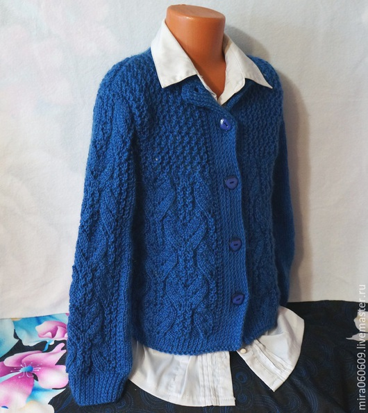 """Одежда для девочек, ручной работы. Ярмарка Мастеров - ручная работа. Купить Вязаная кофта """"Школьная"""" для девочки спицами. Handmade."""