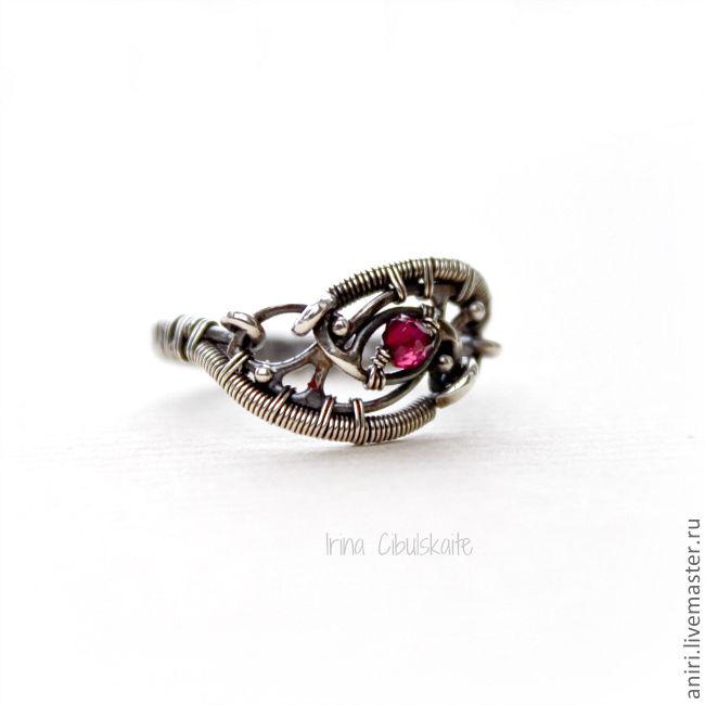 Sterling Silver Ring with Garnet, Rings, Tallinn,  Фото №1