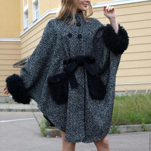 Пончо ручной работы. Ярмарка Мастеров - ручная работа. Купить Пальто-пончо из твида с отделкой из меха. Handmade. Чёрно-белый
