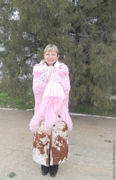 """Шали, палантины ручной работы. Ярмарка Мастеров - ручная работа. Купить Шаль нежнейшего розового цвета """"Танец маленьких хризантем"""". Handmade."""
