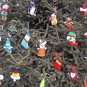 Подарки к праздникам ручной работы. Ярмарка Мастеров - ручная работа В стране новогодних игрушек (набор вязаных елочных игрушек). Handmade.
