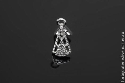 045 Бейл `Треугольник` из латуни с родиевым покрытием и фианитами. Для украшений ручной работы. Южная Корея.