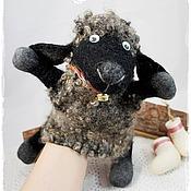 """Куклы и пупсы ручной работы. Ярмарка Мастеров - ручная работа Овечка """"Чуча"""", игрушка на руку.. Handmade."""