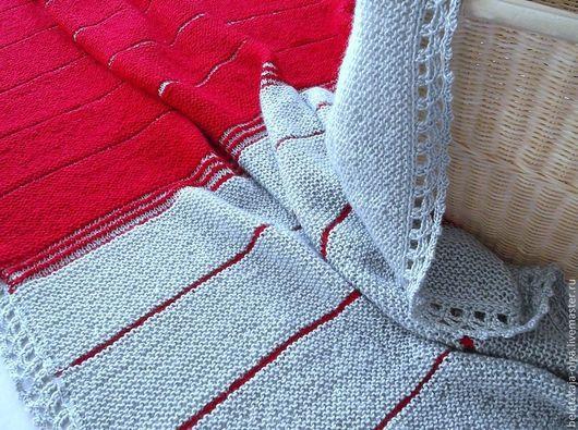 """Текстиль, ковры ручной работы. Ярмарка Мастеров - ручная работа. Купить Плед """"Согревающий красный"""" для взрослых и детей вязаный спицами. Handmade."""
