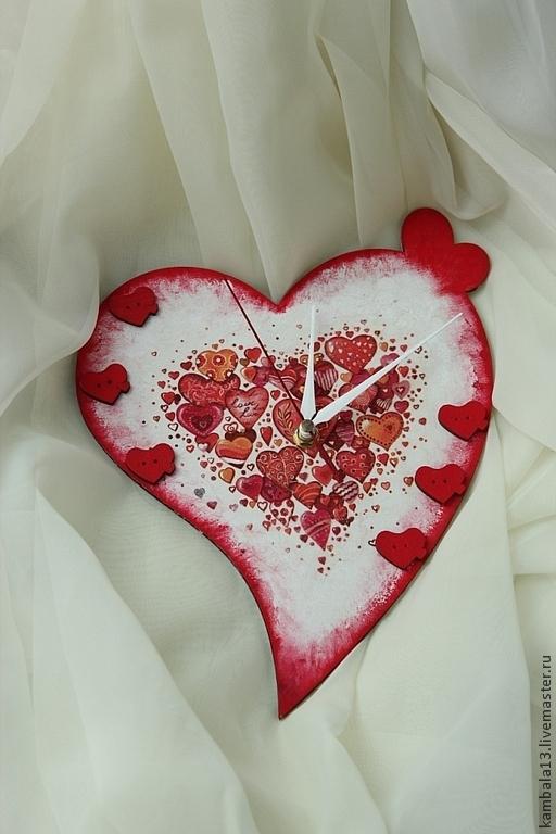 """Часы для дома ручной работы. Ярмарка Мастеров - ручная работа. Купить Часы """"Сердечки"""". Handmade. Ярко-красный, сердечки, сердце"""
