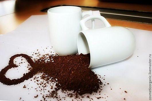 Скраб мыльный `Капучино` для любого типа кожи!Мягкий мыльный скраб с кофе и миндальным маслом поможет мягко очистить Вашу кожу от всех загрязнений, превратят обычный душ в спа-процедуру!
