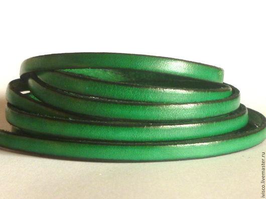 Для украшений ручной работы. Ярмарка Мастеров - ручная работа. Купить Кожаный шнур 5х2мм  ярко-зеленый изумрудный матовый. Handmade.