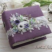 """Свадебный салон handmade. Livemaster - original item Альбом для фото """"Свадебный альбом"""" подарок фиолетовый цветы. Handmade."""