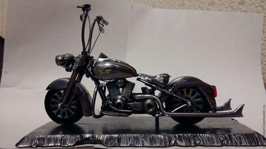 Миниатюрные модели ручной работы. Ярмарка Мастеров - ручная работа. Купить Мотоцикл Harley Davidson. Handmade. Подарок мужчине, мотоцикл