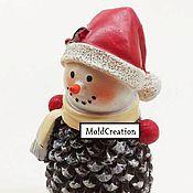 Материалы для творчества ручной работы. Ярмарка Мастеров - ручная работа Силиконовая форма Снеговик-шишка. Handmade.