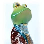 Статуэтки ручной работы. Ярмарка Мастеров - ручная работа Очень важный лягушонок (скульптура, фарфор). Handmade.