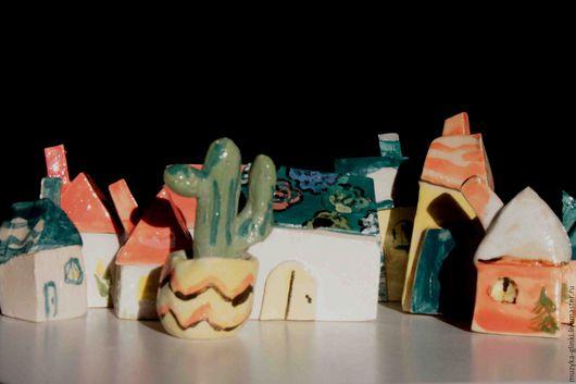 """Статуэтки ручной работы. Ярмарка Мастеров - ручная работа. Купить """"Домики""""сувенир. Handmade. Комбинированный, украшение для интерьера, керамика купить, глазурь"""