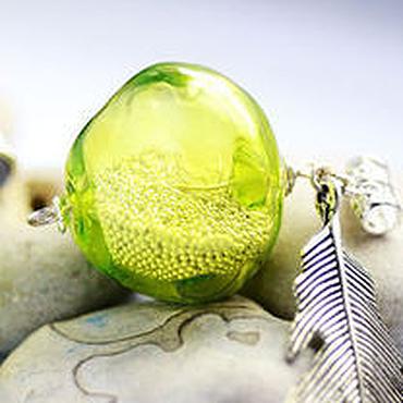 """Украшения ручной работы. Ярмарка Мастеров - ручная работа Кулон """"Зеленое яблоко"""" лэмпворк. Handmade."""