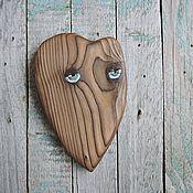 Подарки к праздникам ручной работы. Ярмарка Мастеров - ручная работа Застенчивый - сердечко деревянное. Handmade.