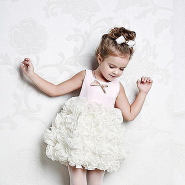 Работы для детей, ручной работы. Ярмарка Мастеров - ручная работа Клубничное мороженое нарядное платье. Handmade.