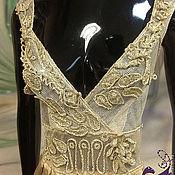 Одежда ручной работы. Ярмарка Мастеров - ручная работа Вышивка вязаными элементами на сетке - здесь на вечернем платье. Handmade.