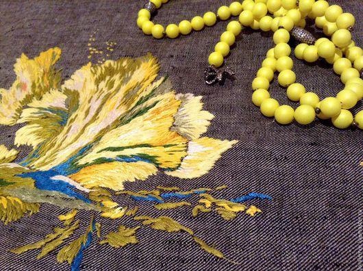 Платья ручной работы. Ярмарка Мастеров - ручная работа. Купить Желтый ирис вышивка на платье. Handmade. Желтый, вышивка на одежде
