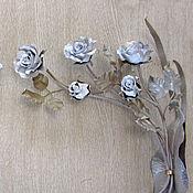 Настенная парная композиция из белых кованых роз