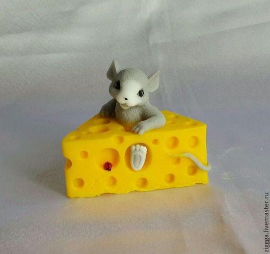"""Мыло ручной работы. Ярмарка Мастеров - ручная работа. Купить Мыло """"мышка в сыре"""". Handmade. Мыло, подарок, сувенир"""