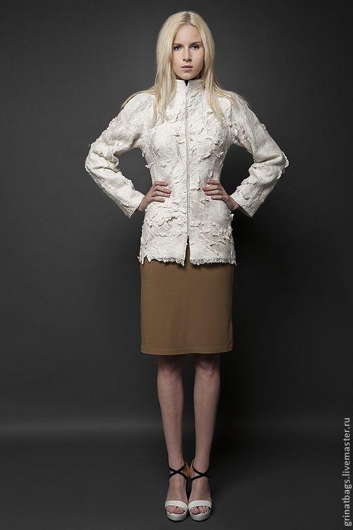 """Верхняя одежда ручной работы. Ярмарка Мастеров - ручная работа. Купить Куртка"""" Снежный барс"""". Handmade. Белый, тонкий войлок"""