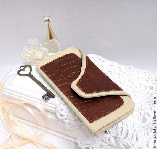 Кошельки и визитницы ручной работы. Ярмарка Мастеров - ручная работа. Купить Кожаная ключница кожа Чехол для больших ключей Подарок подруге. Handmade.