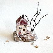 """Статуэтки ручной работы. Ярмарка Мастеров - ручная работа Домик дрифтвуд """"Заснеженный домик"""". Handmade."""
