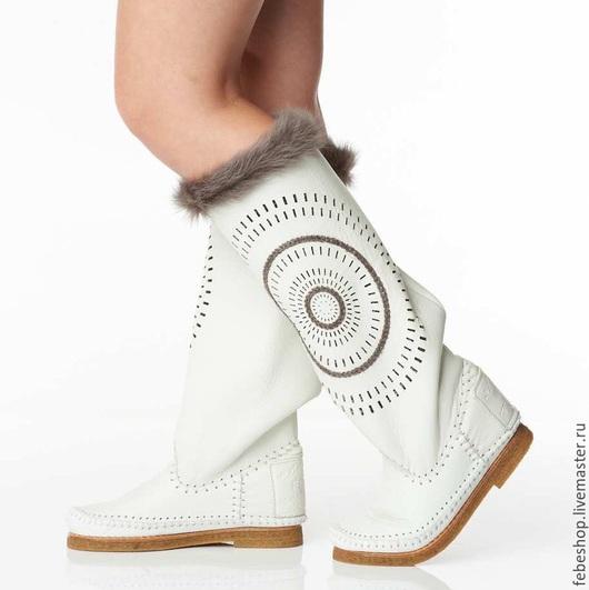 Обувь ручной работы. Ярмарка Мастеров - ручная работа. Купить Зимние сапоги ручной работы STELLA /белые/. Handmade.
