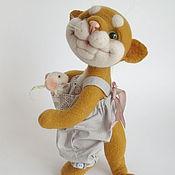 Куклы и игрушки ручной работы. Ярмарка Мастеров - ручная работа Кошка и мышка Подружки Коллекционная войлочная игрушка в подарок. Handmade.