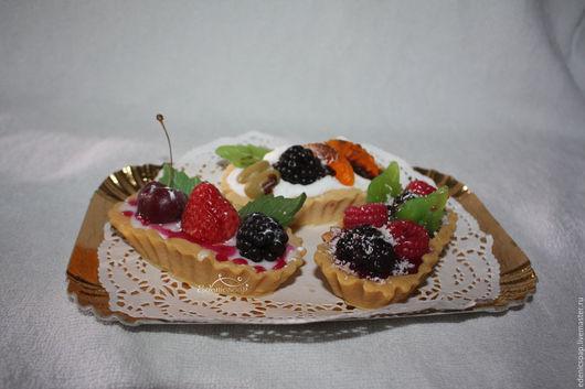 Мыльные корзиночки с ягодами.Подарки сладкоежкам.Edenicsoap.