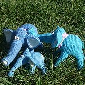 Куклы и игрушки ручной работы. Ярмарка Мастеров - ручная работа Слон вязаный. Семейство слонов. Handmade.