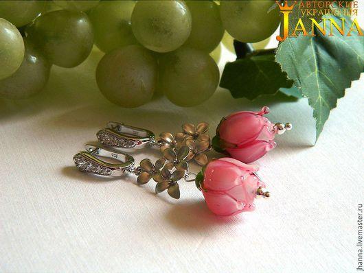 Серьги ручной работы. Ярмарка Мастеров - ручная работа. Купить Серебряные серьги лэмпворк с цветком розы. Handmade. Лэмпворк
