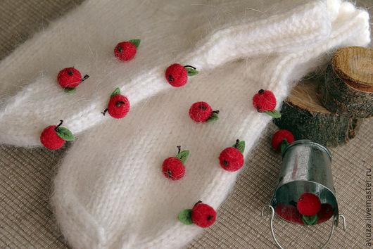 """Носки, гольфы, гетры ручной работы. Ярмарка Мастеров - ручная работа. Купить Детские шерстяные носки """"Яблоки на снегу"""". Handmade."""