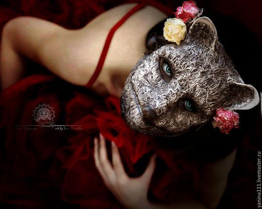 """Интерьерные  маски ручной работы. Ярмарка Мастеров - ручная работа. Купить """"Кицунэ. Давние розы луны"""" Маска тематическая. Handmade."""