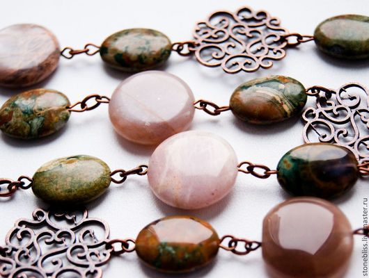 """Пояса, ремни ручной работы. Ярмарка Мастеров - ручная работа. Купить Пояс из камней """"Шелковое прикосновение"""" (риолит, солнечный камень). Handmade."""