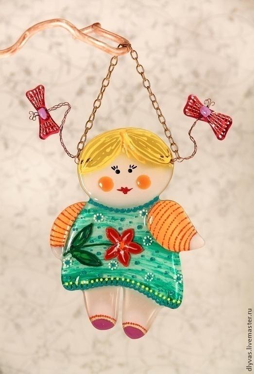 Подвески ручной работы. Ярмарка Мастеров - ручная работа. Купить Кукла из стекла, стекло, роспись, фьюзинг. Handmade. новогодний сувенир