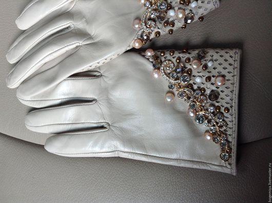 """Варежки, митенки, перчатки ручной работы. Ярмарка Мастеров - ручная работа. Купить Перчатки """"Нежность"""". Handmade. Бежевый, бисер"""