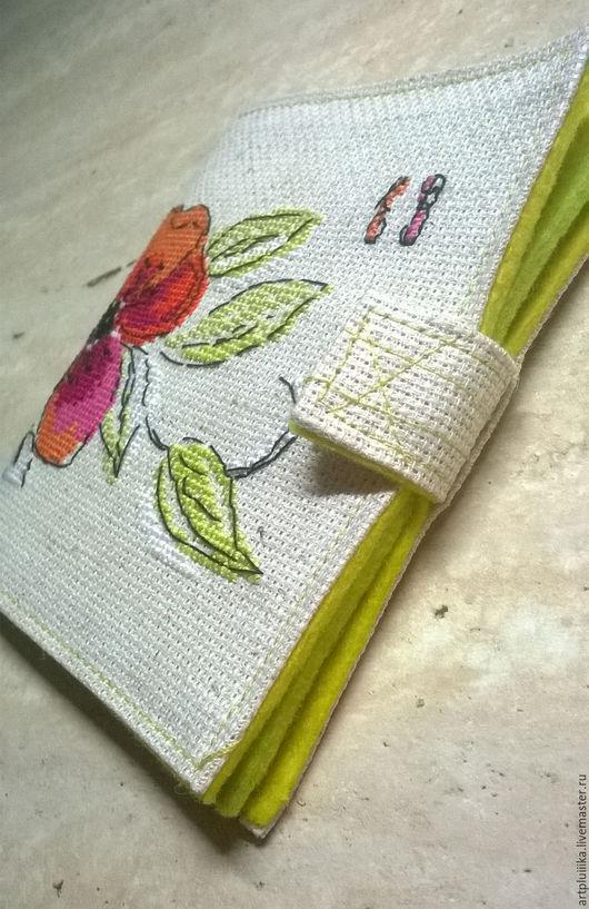 Шитье ручной работы. Ярмарка Мастеров - ручная работа. Купить Игольница-книжка, именная, вышивка крестом. Handmade. Комбинированный, вышивка