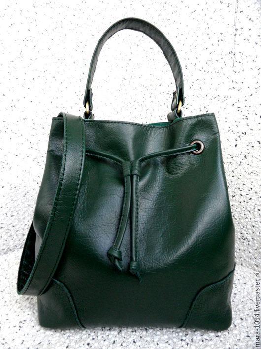 Женские сумки ручной работы. Ярмарка Мастеров - ручная работа. Купить Green Day кожаная сумка мешок, зеленая, на подкладке из замши. Handmade.