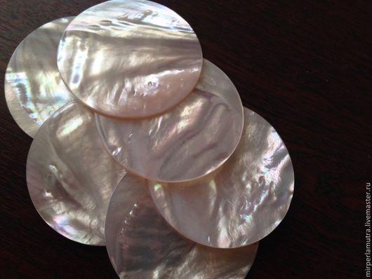 """Для украшений ручной работы. Ярмарка Мастеров - ручная работа. Купить Вставка """"Круг"""" 2; 3; 4; 5,5; 6 см из жемчужницы, плоская. Handmade."""