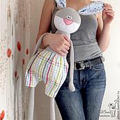 Куклы и игрушки ручной работы. Ярмарка Мастеров - ручная работа Зайчик в клетчатых шортиках. Handmade.