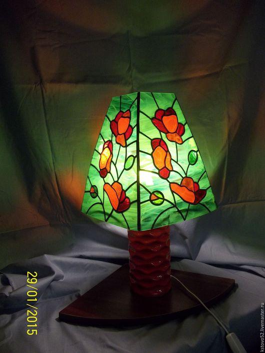 """Освещение ручной работы. Ярмарка Мастеров - ручная работа. Купить """"Маки"""". Handmade. Настольный светильник, витражное стекло"""
