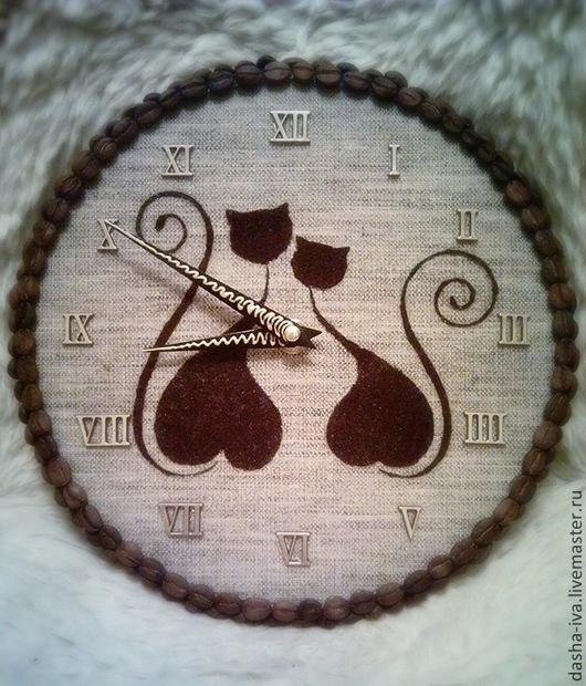 """Часы для дома ручной работы. Ярмарка Мастеров - ручная работа. Купить Часы из кофе """"Кошки. Хвостики-завитки"""". Handmade. Коричневый"""