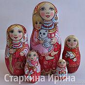 Матрешки ручной работы. Ярмарка Мастеров - ручная работа Красный сарафан и белый котик. Handmade.