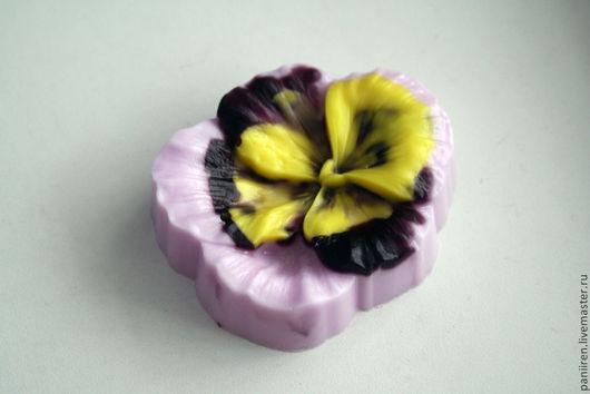 """Мыло ручной работы. Ярмарка Мастеров - ручная работа. Купить Мыло """"Фиалка"""". Handmade. Квиллинг, мыло в подарок, мыло цветок"""