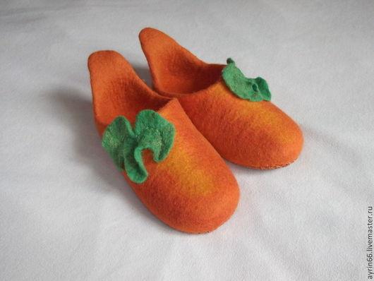 """Обувь ручной работы. Ярмарка Мастеров - ручная работа. Купить Тапочки """"Тыква"""". Handmade. Тапочки валяные, обувь ручной работы"""