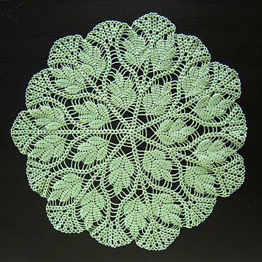 Подарки к праздникам ручной работы. Ярмарка Мастеров - ручная работа Салфетка листья салатовая ажурная вязаная крючком. Handmade.